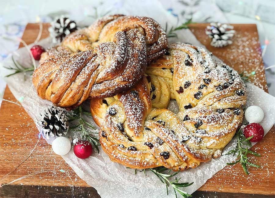Christmas Wreath Bread
