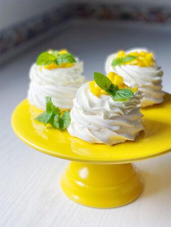 Mini Pavlova dessert on the serving plate