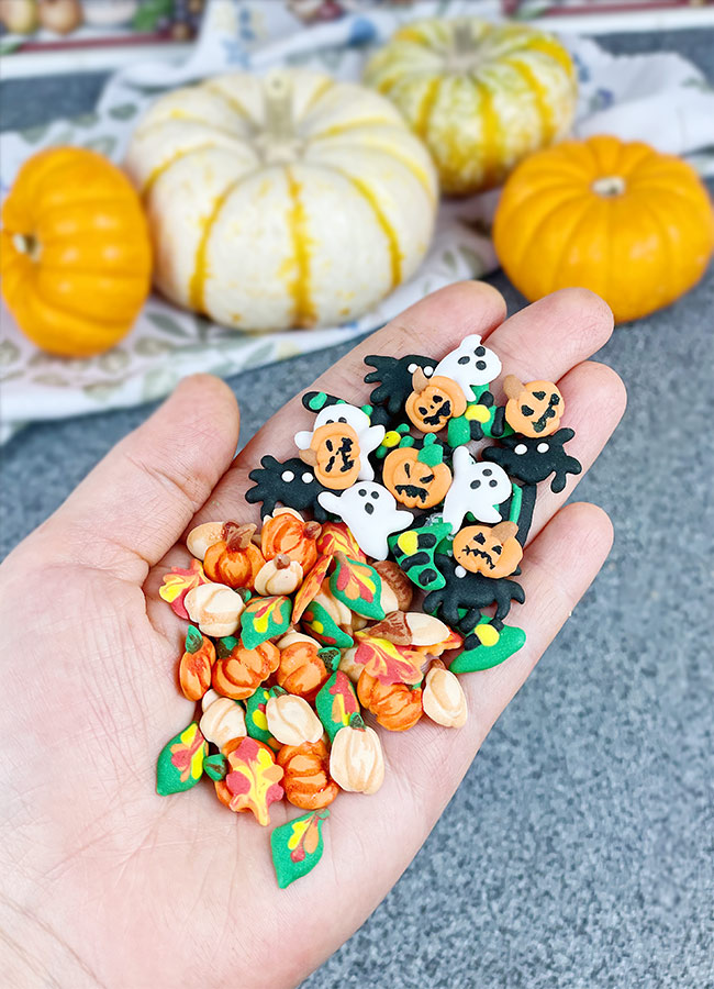 DIY Fall and Halloween Sprinkles on the palm